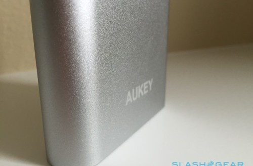 Aukey Quick Charge review; 10,000mAh of fast-charging bliss