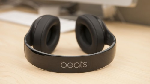 Apple may offer free trial with new Beats Music streaming service