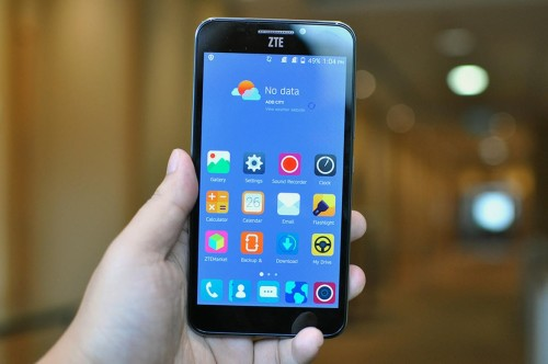 ZTE's Grand S3 is one phone you don't want to give the evil eye to (hands-on)