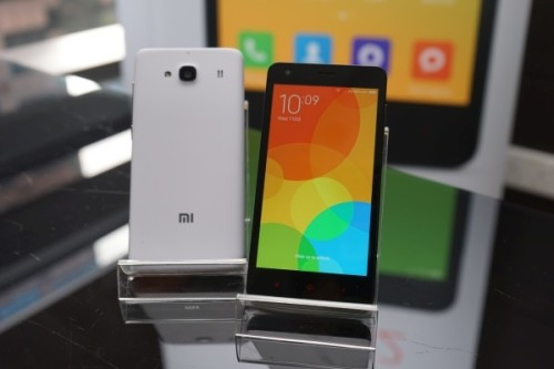 Xiaomi Redmi 2 Review (Asian Unlocked)