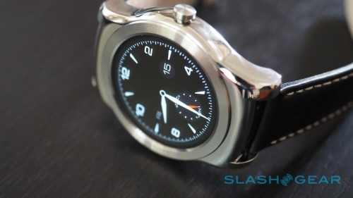 iFixit says LG Watch Urbane is easy to fix (unless you bust the screen)