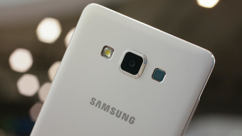 Slimline Samsung Galaxy A7 comes with eight cores, selfie mode and KitKat (hands-on)