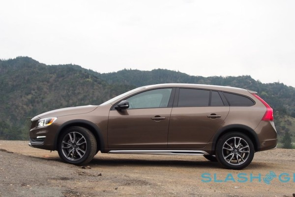 2015-volvo-v60-cross-country-10-1280×648