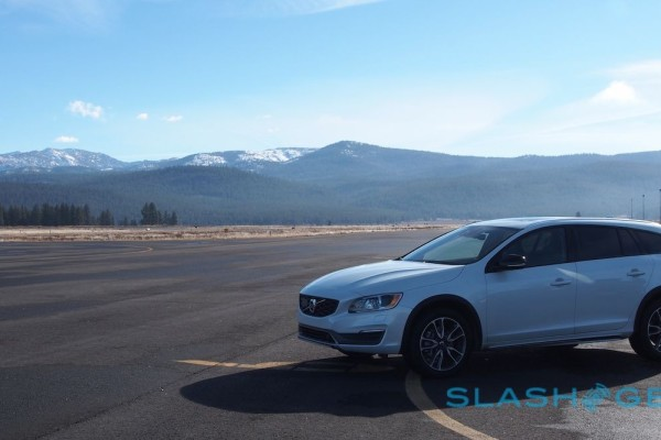 2015-volvo-v60-cross-country-38-1280×666