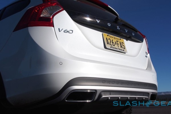2015-volvo-v60-cross-country-41-1280×720