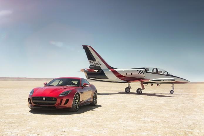 2016-jaguar-f-type-r-coupe-awd-front-three-quarter-plane