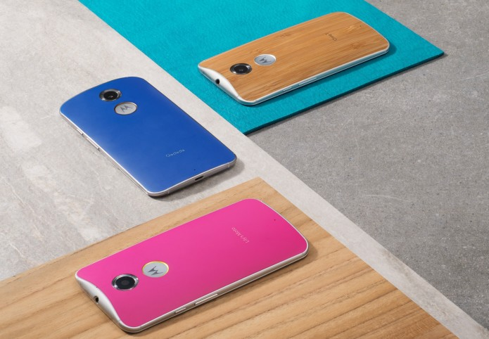 Motorola puts a 30-day trial on unlocked Moto X