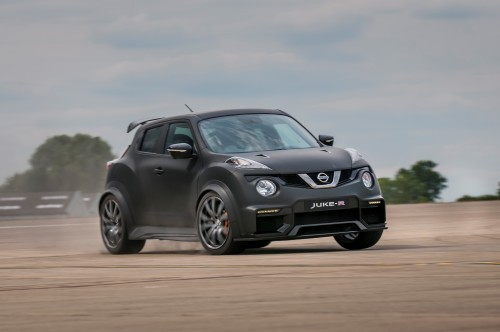 Nissan Juke-R 2.0 pumps the power to 600hp