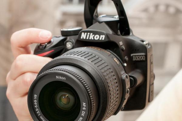 Nikon_D3200_35235087_04