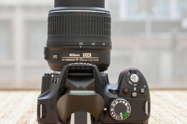 Nikon_D3200_35235087_08