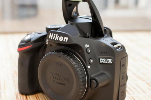 Nikon_D3200_35235087_09