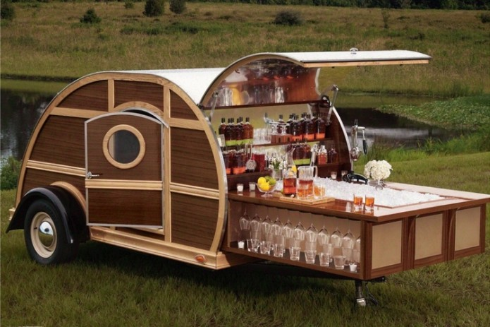 A Slide-Out Bar Turns The Woody Trailer Into A Full-Service Party On Wheels