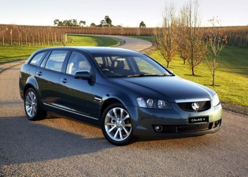Beaches and bush: Australian roadtrip in the Holden Calais-V Sportwagon