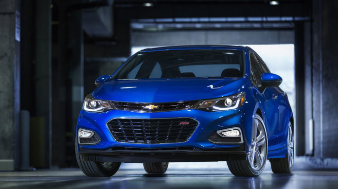 Chevrolet's 2016 Cruze aims to democratize tech