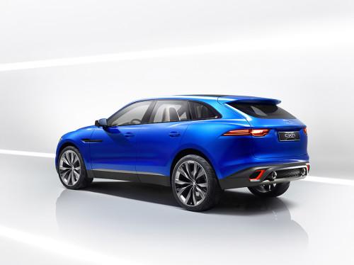 Jaguar F-Pace teased on video