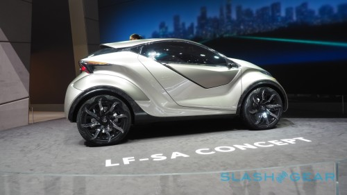 Lexus LF-SA Concept wants to chew up Smart and MINI