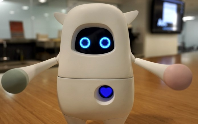 Adorable AI-powered robot Musio just wants to be your friend