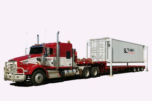 SL-Tainer Is A Shipping Container That Can Dock Onto Trucks All On Its Own
