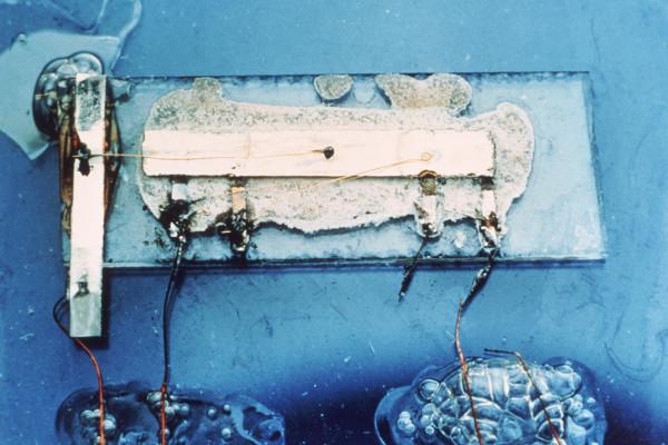 ti-integrated-circuit-1400-1