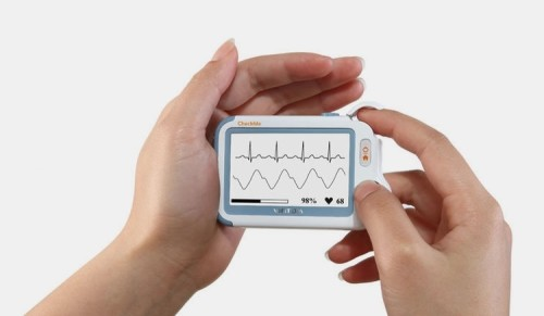 CheckMe Is A Real Medical Tricorder You Can Buy