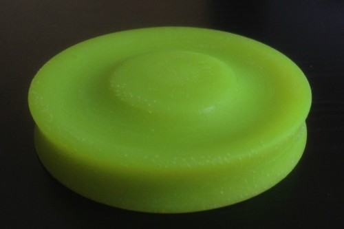 ZipChip Is A Pocket-Size Frisbee That Can Be Thrown Up To 200 Feet