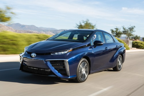 2016 Mirai sets a 312 mile record for zero-emission cars