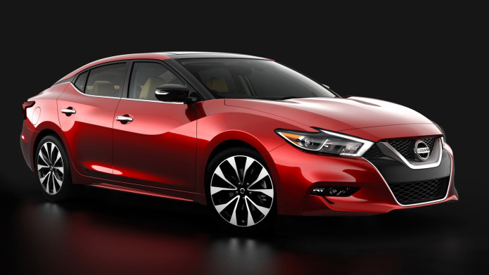 2016 Nissan Maxima rolls out in smooth style
