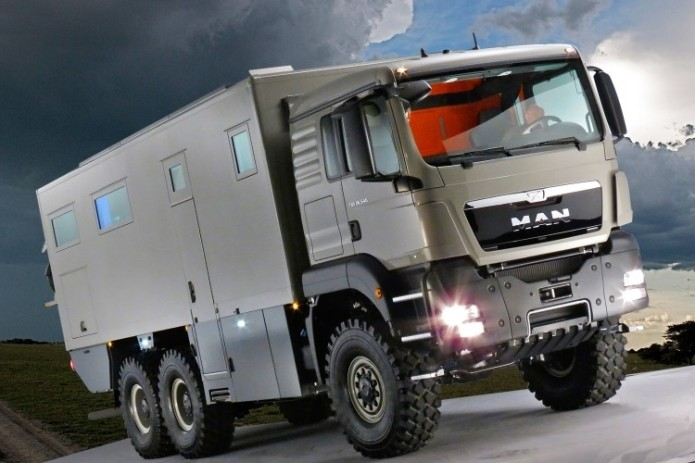 This Global XRS 7200 Motorhome Looks Nicer Than Many Small Apartments