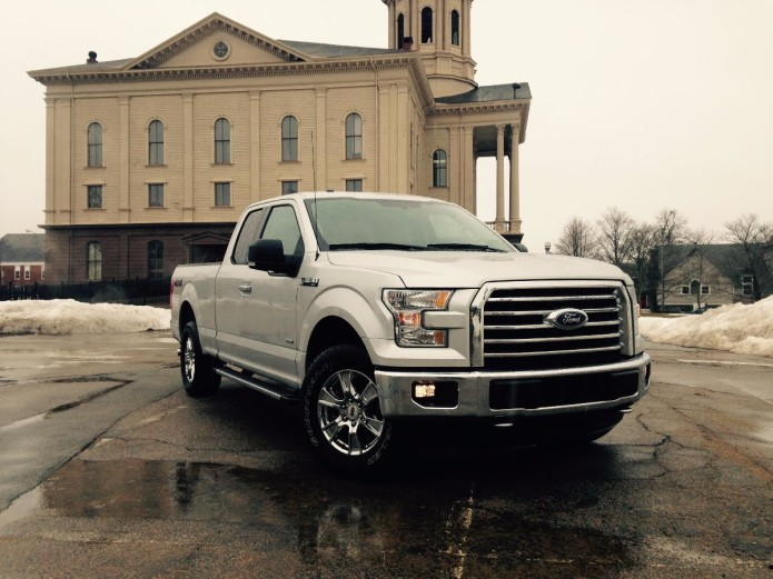 2015 Ford F-150 4x4 Platinum review: Ford's aluminum workhorse pickup is better in all ways but one