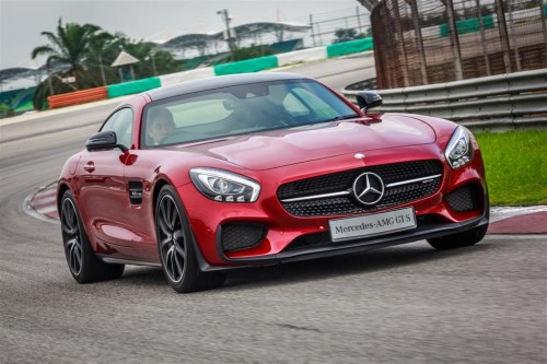 Mercedes introduces AMG GT