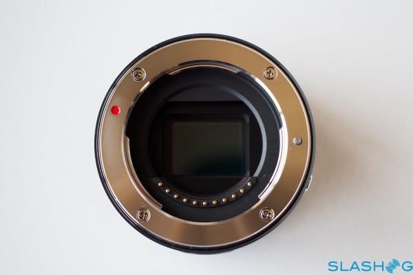 P6302235-olympus-air-a01-slashgear-1280×720