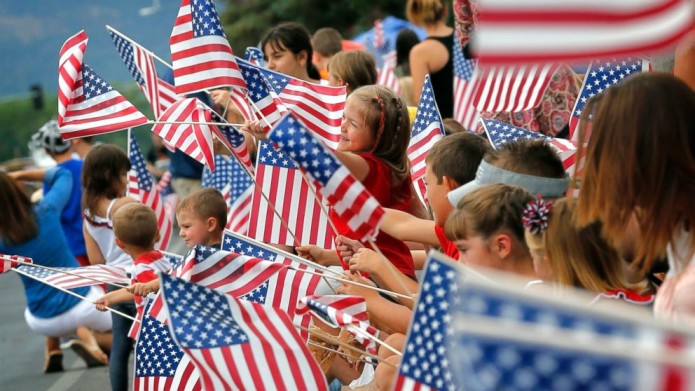 Fourth of July: Let These 5 Apps Help With Fun, Food, Travel Plans