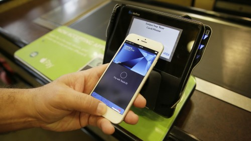Apple Pay Launched in the UK, With Hiccups