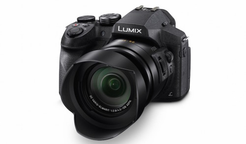 Panasonic's f2.8 24x zoom Lumix FZ300 camera doesn't mind getting wet and dirty