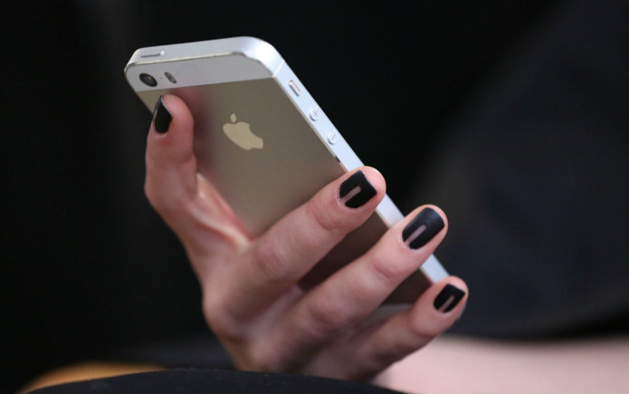 iphone-hand-getty-1024x640