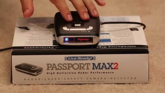 Escort Passport Max 2 radar detector review: Escort Passport Max 2 automatically crowdsources speed traps