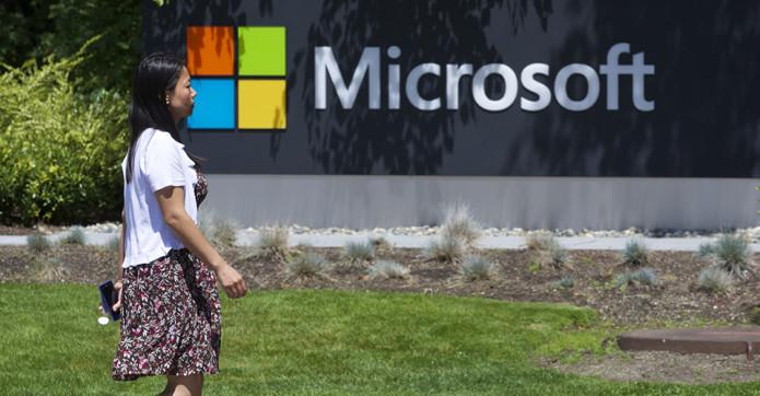 Microsoft plans 7,800 layoffs, $7.6 billion Nokia write-down