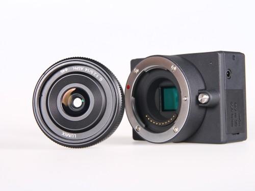 E1: the smallest micro 4/3 interchangeable lens 4K camera