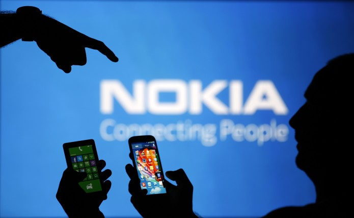 Nokia plans mobile phone comeback