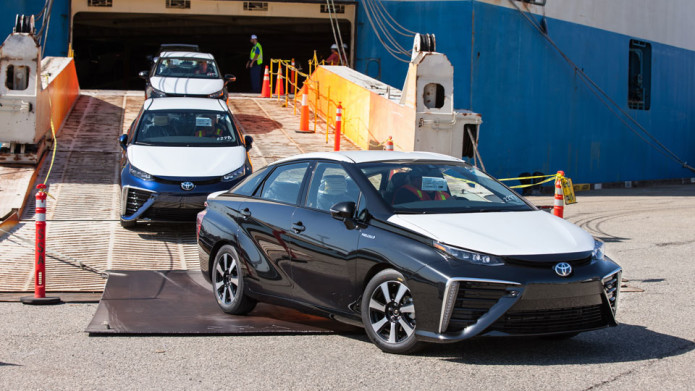 Toyota takes orders for its hydrogen-fueled Mirai on July 20th