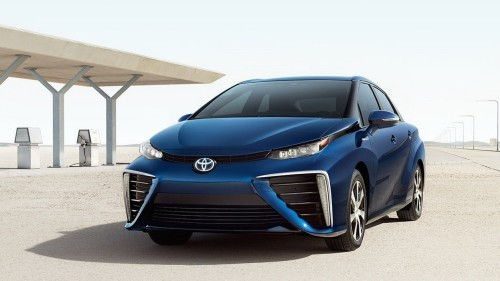 Hydrogen-powered Toyota Mirai beats Tesla with 312-mile range