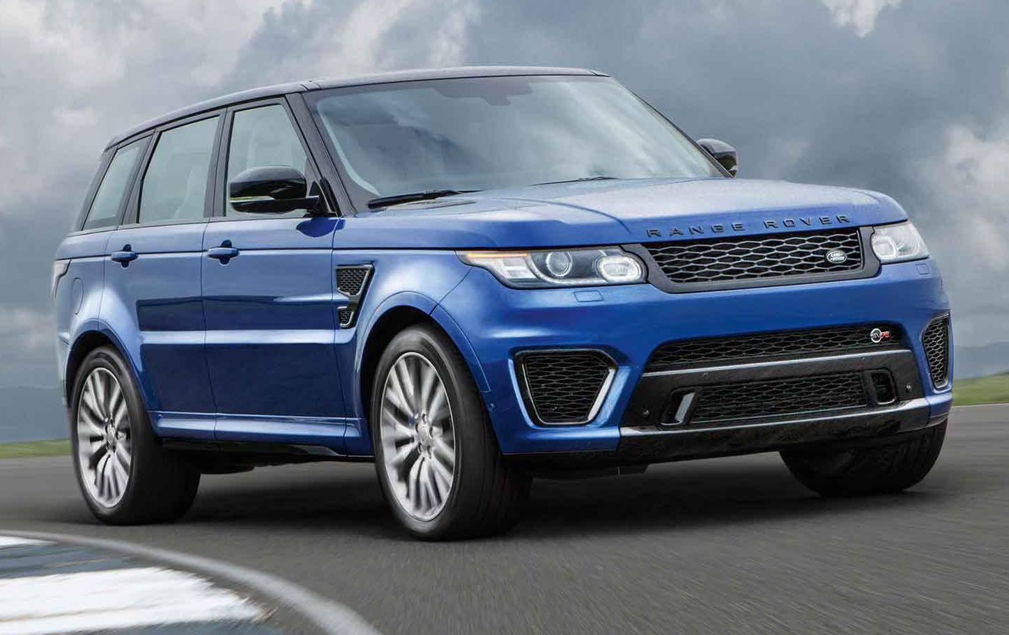 2015 land rover range rover sport svr review we drive the fastest loudest land rover ever. Black Bedroom Furniture Sets. Home Design Ideas