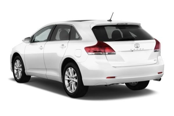 2015-toyota-venza-4-door-wagon-i4-fwd-xle-natl-angular-rear-exterior-view_100486148_m