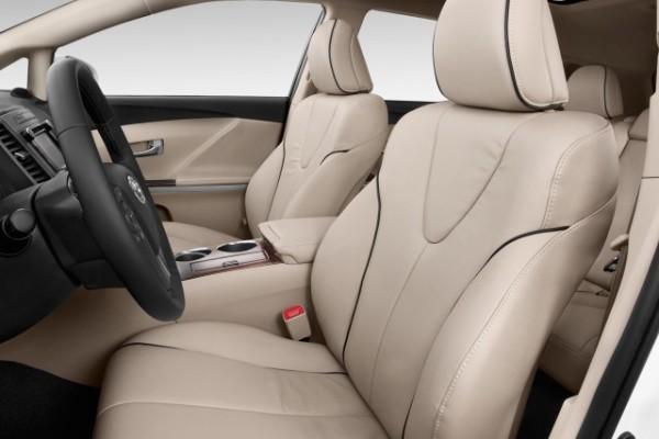 2015-toyota-venza-4-door-wagon-i4-fwd-xle-natl-front-seats_100486152_m