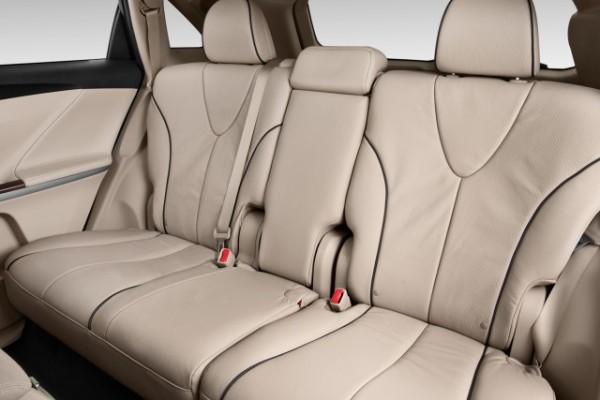 2015-toyota-venza-4-door-wagon-i4-fwd-xle-natl-rear-seats_100486139_m