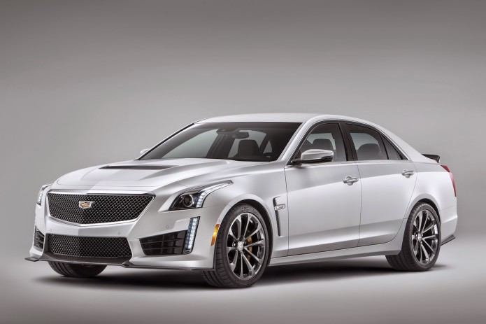 2016-Cadillac-CTS-V-Sedan-7