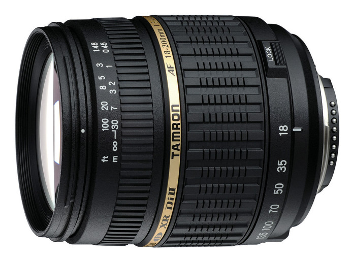 Tamron offers a lot of range in a little design with its new 18-200mm F/3.5-6.3 Di II VC lens