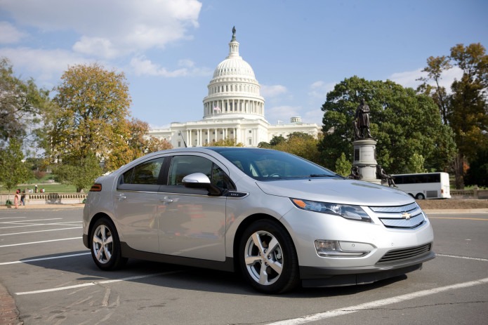 Chevy Volt an electric, smooth and silent operator