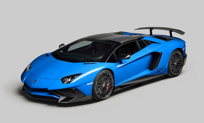 Lamborghini rolls out Aventador Superveloce Roadster