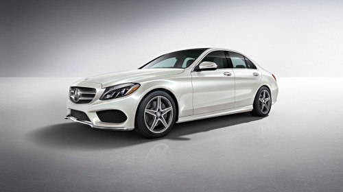 New Mercedes-Benz C300 coupe emulates pricier S-class
